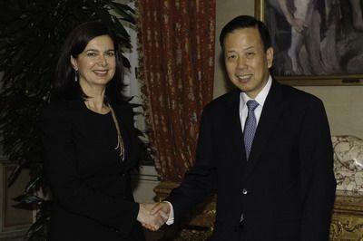 L'ambasciatore cinese in Italia incoraggia le imprese a investire in Cina, dove il mercato e i consumatori sono alla ricerca di prodotti di qualità.
