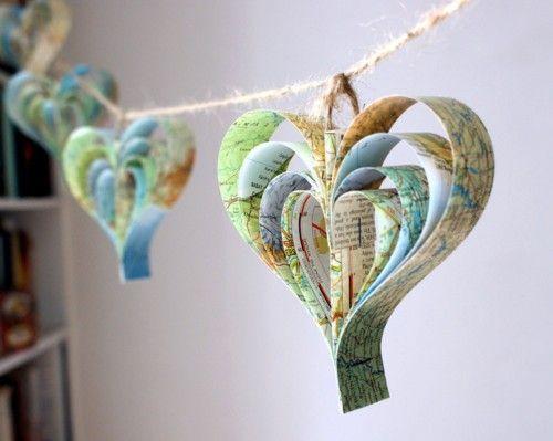: Ideas, Hanging Heart, Heart Garlands, Travel Maps, Decoration, Paper Heart, Maps Heart, Maps Decor, Heart Maps