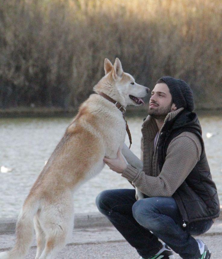 Δείτε τις φωτογραφίες που ανέβασαν οι Έλληνες καλλιτέχνες για την Παγκόσμια Ημέρα των Ζώων