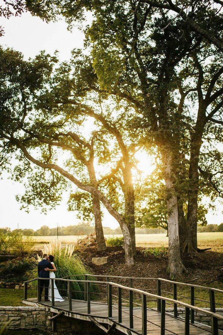 outdoor wedding venues in fort worth tx%0A Oak Water Ranch  wedding venue located on private lake  southwest of Fort  Worth Texas in Granbury