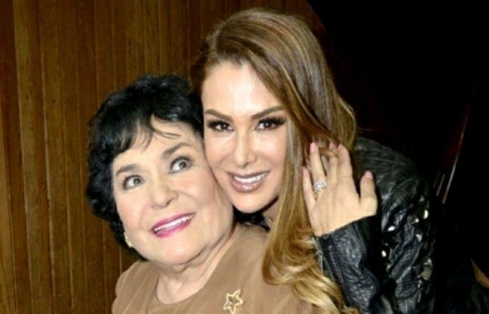 Carmen Salinas habla de mas sobre Ninel Conde  #EnElBrasero  http://ift.tt/2v2Ow6Q  #carmensalinas #ninelconde