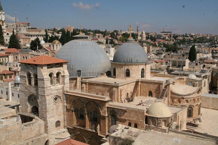mischaak.files.wordpress.com 2011 05 church-of-the-holy-sepulchre-jerusalem.jpg