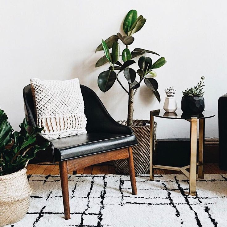 I've been pinning home inspo every day! There is something so special about seeing the space you've dreamed of come together in person. #homegoals  photo:Pinterest