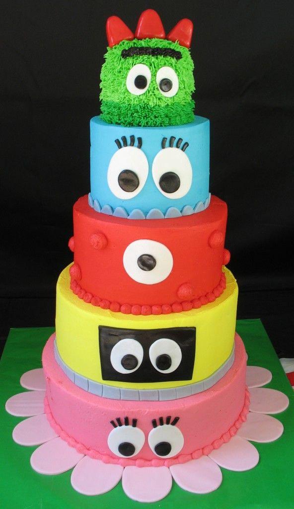 Since the kids love Yo Gabba Gabba so much I am toying with the idea to do a Yo Gabba Gabba theme.  My sister and I fell in love with this cake (well, the entire theme in general) and is in the running to be for the kids second birthday.