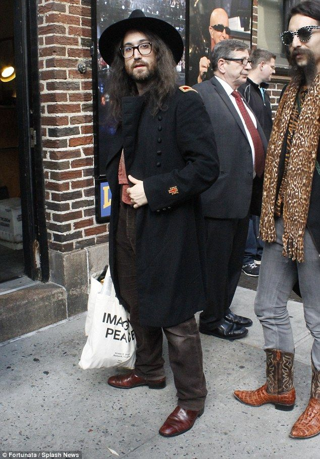 http://news-all-the-time.com/2014/05/02/sean-lennon-channels-his-inner-gandalf-in-nyc/ - Sean Lennon channels his inner Gandalf in NYC  - By James Leyfield  He once appeared in an episode of Buffy The Vampire Slayer.  But Sean Lennon appeared to have swapped mythological creatures on Thursday as he channelled his inner wizard while out in New York City baring a striking resemblance to Lord Of The Rings character Gandalf.  The...