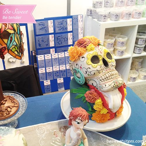 #cake #flower #flores #reposteria #reposteriacreativa #pasteleria #postres #desayuno #cakeflores #flowercake #fondant #catrina