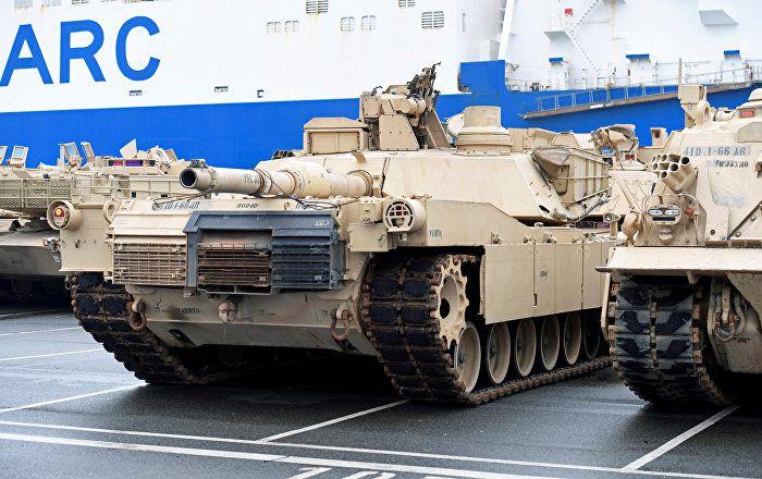 Wie reagieren Menschen in Cottbus auf die durch ihre Stadt ziehenden US-Panzer? In diesem Gespräch mit dem Rundfunk Berlin-Brandenburg waren die Meinungen einhellig: Die Befragten empfinden es als Provokation und fordern das Ende der Konfrontation mit Russland.