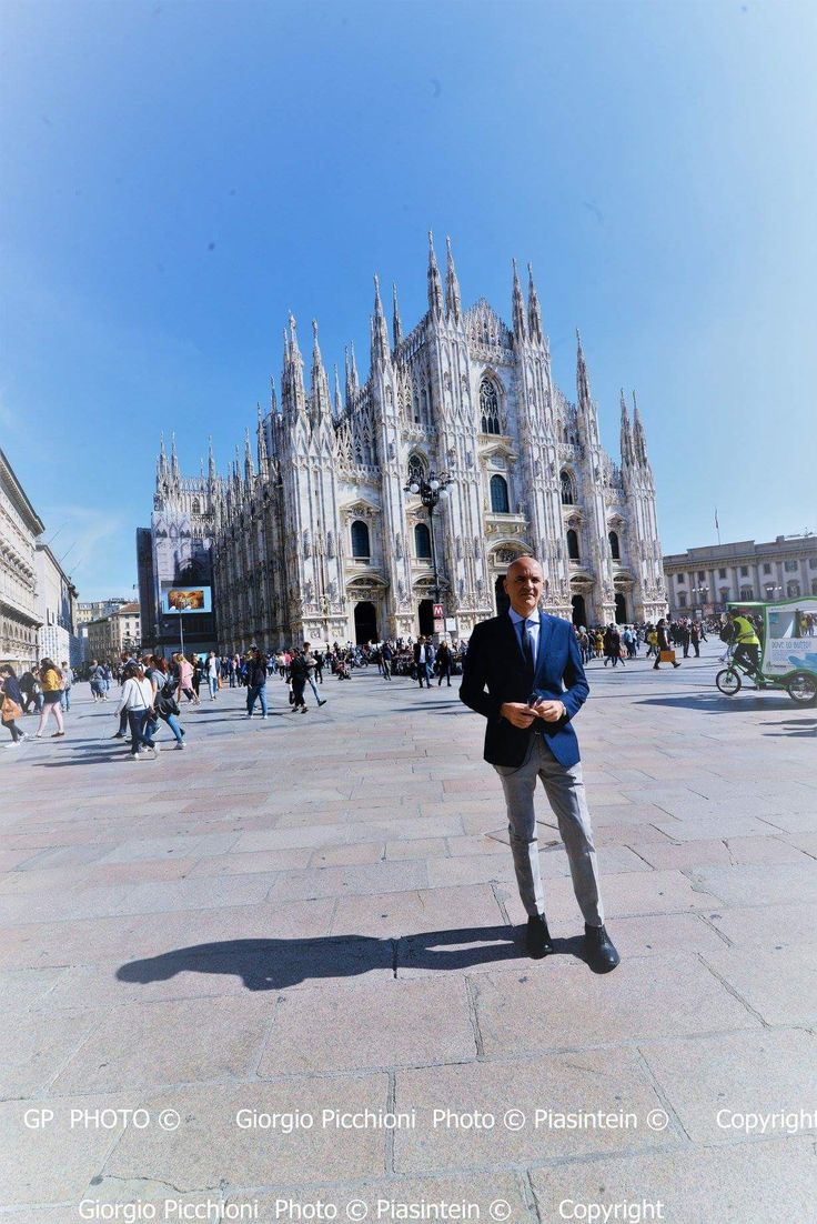 Marco Eugenio Di Giandomenico ar the Duomo square (Milan, Sept. 19, 2017) (Ph. Giorgio Picchioni)