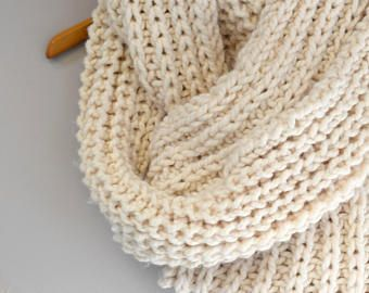 Outlander Knitting Patterns - Make An Outlander Scarf With This