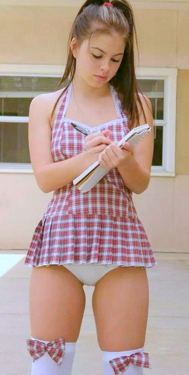 naked teen girl get diapered