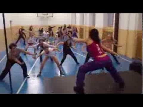 "Zumba kids - ""Rain over me"" - YouTube"