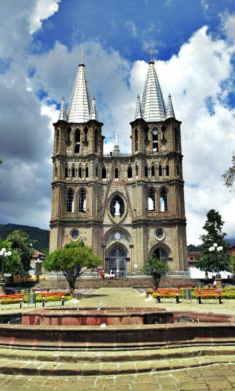 Colombia - Templo en Jardín, Antioquia.