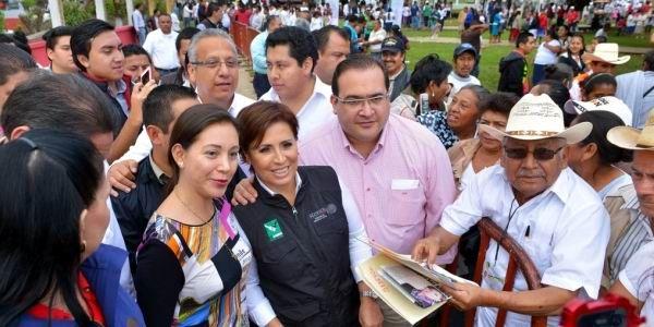 Constatan Javier Duarte y Rosario Robles avances de proyectos productivos en San Andrés Tuxtla