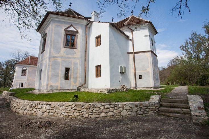 Kívülről-belülről megmutatjuk a felújított miklósvári Kálnoky-kastélyt