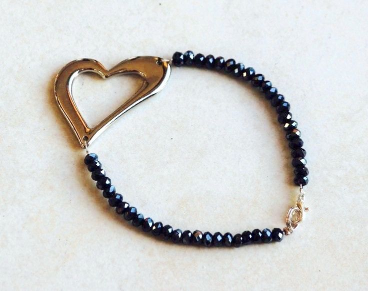 Black Crystal Heart Bracelet. https://www.facebook.com/heartbeadsjewellery