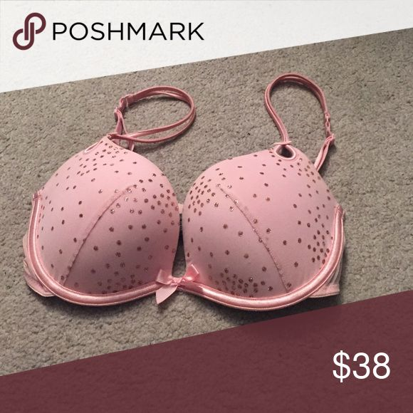 """Victoria Secret Pink Bling Bra Great Condition- from the Sexy Little Things"""" Collection. Has padding Victoria's Secret Intimates & Sleepwear Bras"""