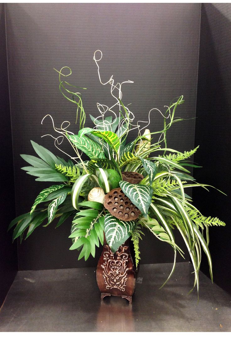 Greenery and pods floral arrangement ideas