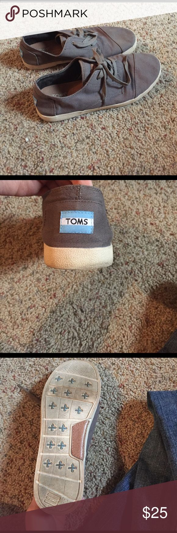 Gray TOMS Sneakers gently used TOMS sneakers.. with a little wiping off they will look brand new! TOMS Shoes Sneakers