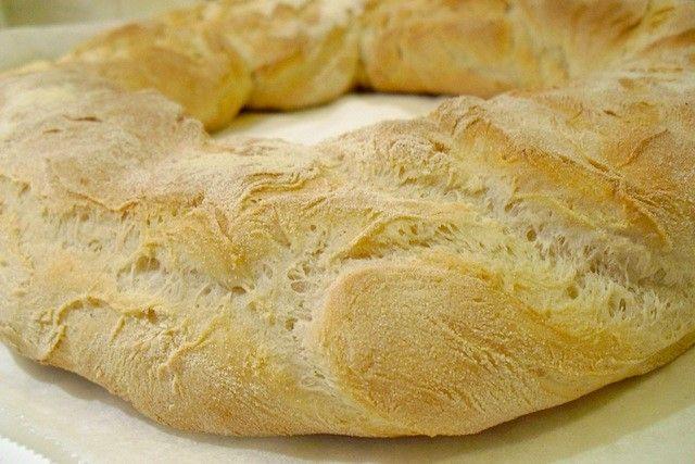 Pane alle Patate Bimby IngredientiPane alle Patate Bimby - 450 gr Farina tipo 0 - 150 gr Farina di Semola di grano duro - 15 gr Lievito di Birra -