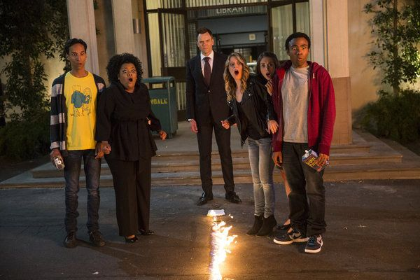 "MILD SPOILERS: ""Community"" Season 5 Feels Like An Old Friend Has Finally Come Home"