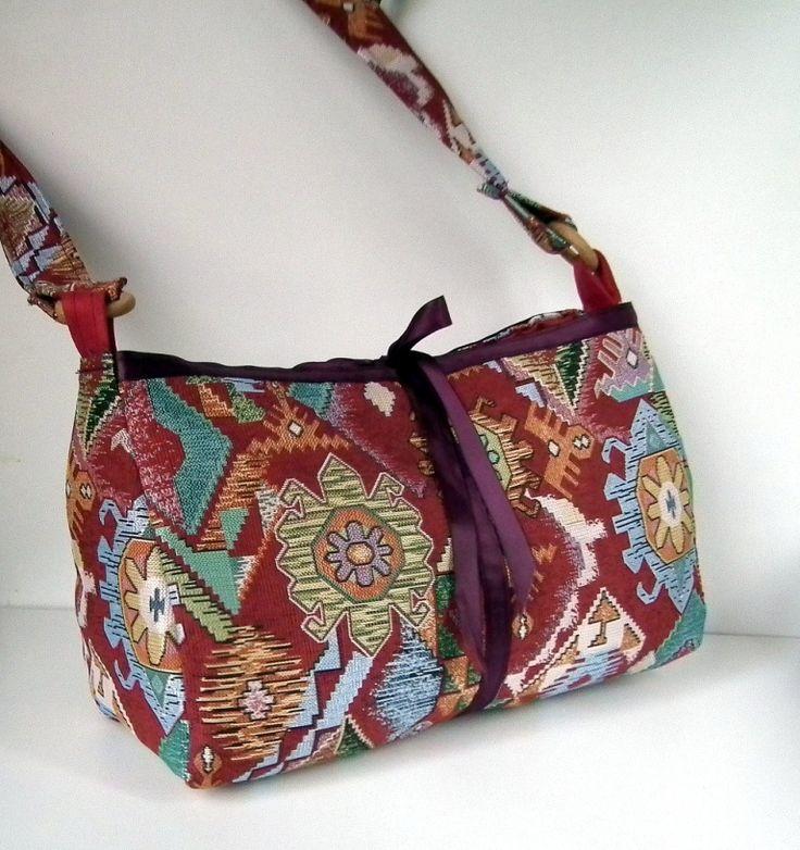 sac en tissu imprim fermeture ruban cr ation sac. Black Bedroom Furniture Sets. Home Design Ideas