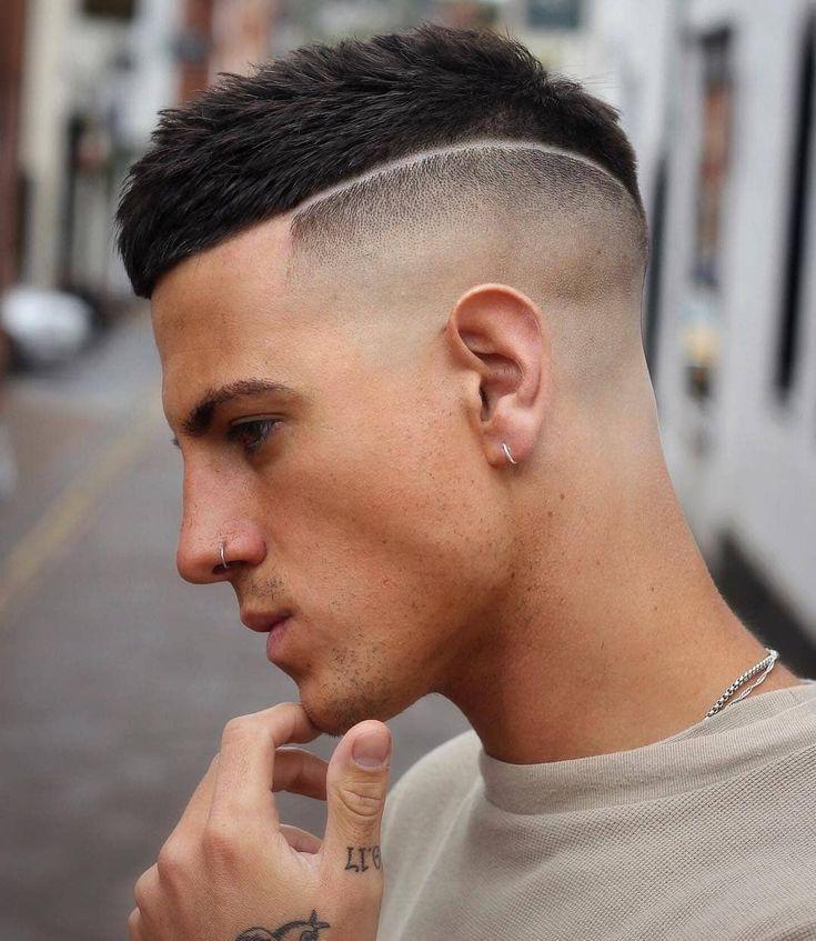 Crew Cut Hair Ideas For Cool Men Hair Haircut Hairstyle # crew cut haar ideen f mens style Crew Cut Haircut, Mid Fade Haircut, Buzz Haircut, Crop Haircut, Mens Summer Hairstyles, Buzz Cut Hairstyles, Men's Hairstyles, Shaved Hairstyles, Medium Hairstyles