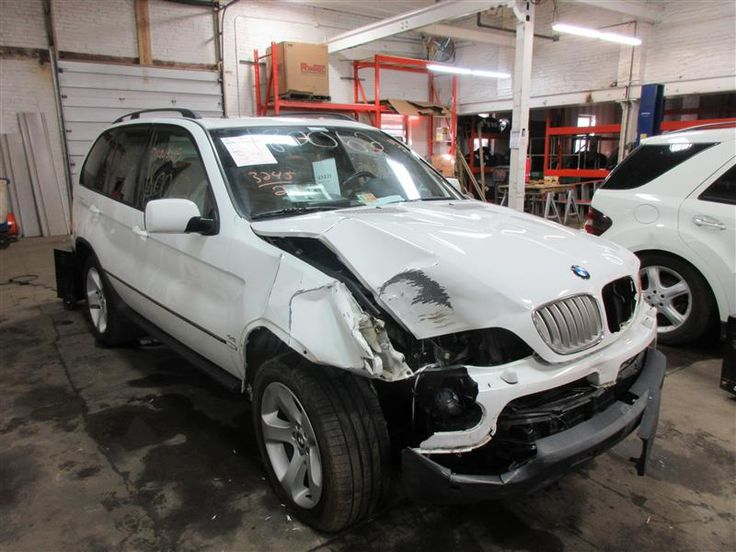 Parting out 2006 BMW X5 – Stock # 180062