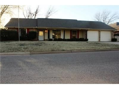 Rent to Own   Victoria Pl  Oklahoma City  OK  3BD3BA   164 900140 best Rent to Own Homes images on Pinterest. Rent To Own Homes In Oklahoma City Area. Home Design Ideas