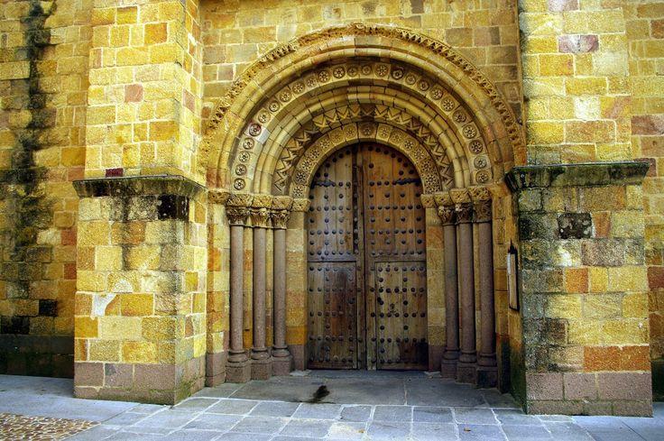 Fotos de: Ávila Románico Iglesia de San Pedro