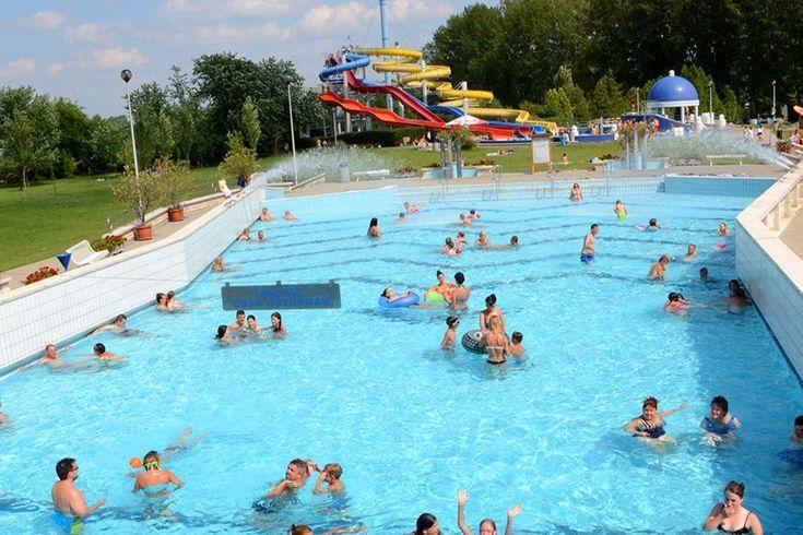 A fürdőben gyógy- és wellness szolgáltatások is igénybe vehetők, nyáron a mintegy húszhektáros, zöld pázsittal borított, fásított területen sokféle sportolási lehetőség is kínálkozik.