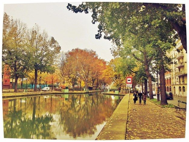 Because there's no better place for an autumn walk than le Canal St. Martin. | 43 Reasons Studying Abroad In Paris Destroys You For Life