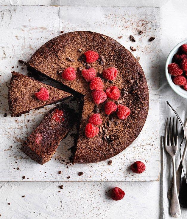 {gluten-free cacao, hazelnut and raspberry cake}