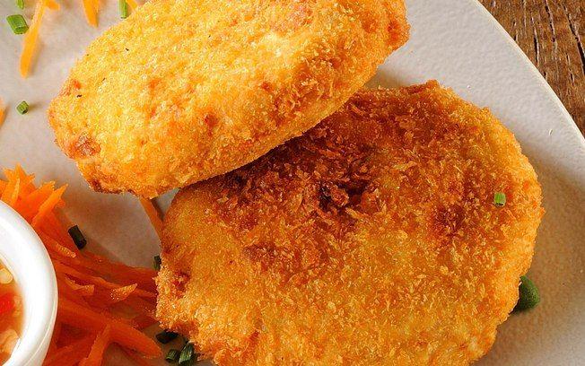Receita de Bolinho de peixe com castanha e pimenta - iG