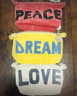 peace. dream. love. EVERYDAY  an #ELLAANDRUBI favorite // check them out on our #SALE page now!! #sale #alilamu #clutch #readyforspring #nomoresnow #fashion