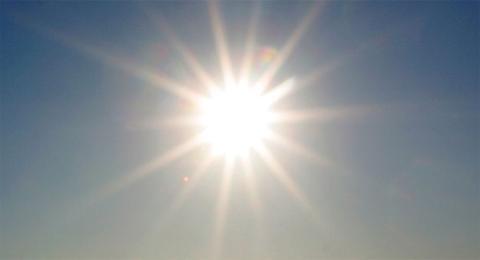 Aurinko - valo & lämpö, ilman en voisi olla