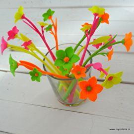 BLOEMEN zijn altijd leuk om een patiënt mee te verrassen. Deze PEN-bloemen zijn eenvoudig te versturen.
