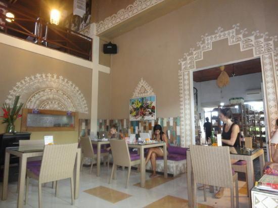 Bali Buddha cafe menu kerobokan -   Home made organic ice-cream, breads groceries, sundries and cafe, open breakfast lunch and dinner. Kerobokan / Canggu Bali Indonesia
