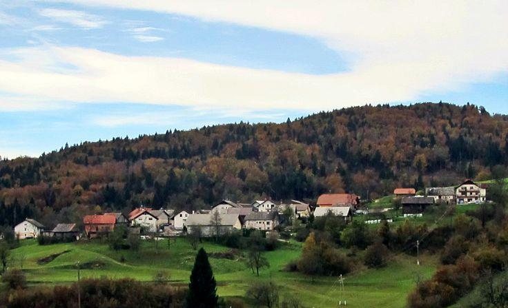 Dolenja vas (English: Dolenja village) is a village where Peter Prevc lives. #DolenjaVas #PeterPrevc #PeterPrevcSkiJumper #Planica #PlanicaNordicCenter #NordicCenterPlanica #KranjskaGora #SkiJumpingWorldCup #Slovenia #WinterSports