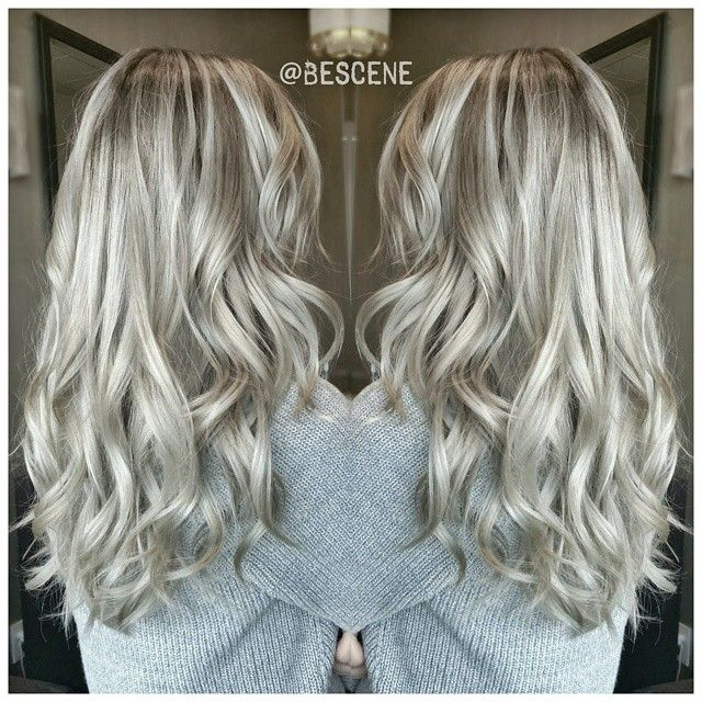 ROOTY PEARL⚪ASH BLONDE! By far one of my favorite shades of blonde ! I balayage…