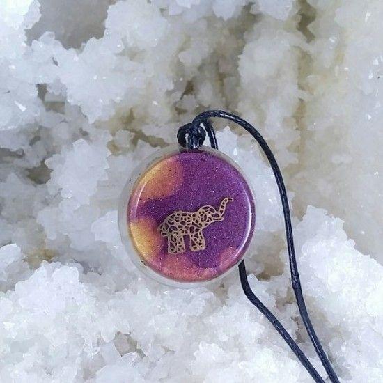 Pandantiv elefant, crisopraz, aventurin, cuarț, cupru, orgon, rosu. Bunastarea echilibrului interior