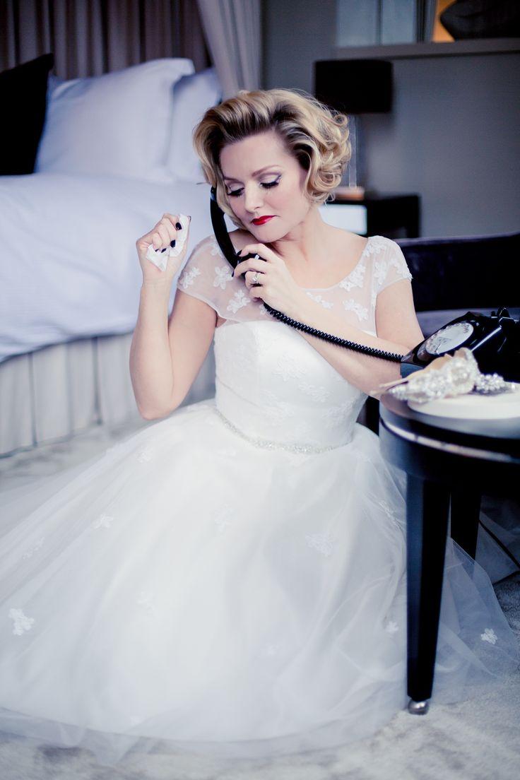 Outstanding Bob Hairstyles Wedding Model - The Wedding Ideas ...