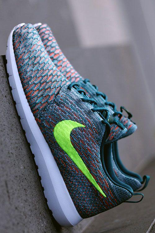 Mineral Teal Nike Flyknit Roshe Run
