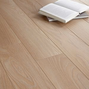 Toccata Light Oak Effect Laminate Flooring... new flooring for living room and hallway.