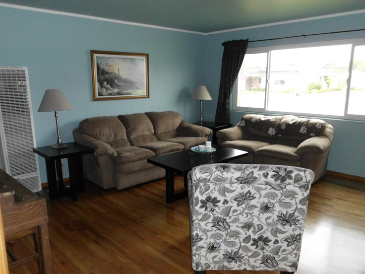 Best Living Room Blue Walls And Brown Couch And Loveseat 400 x 300