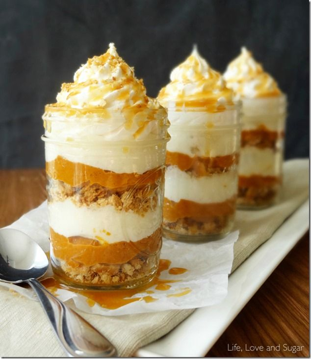 No Bake Pumpkin Pie - Mason Jar Crafts