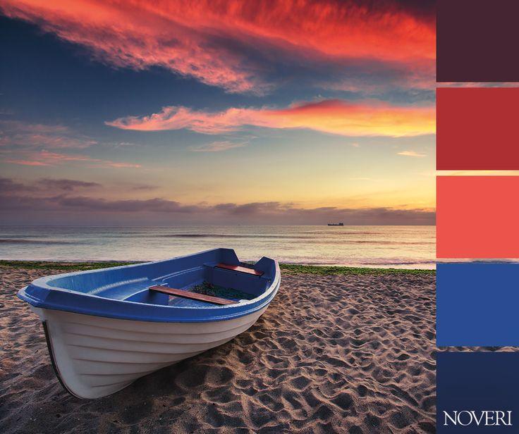 Cosa chiedere di meglio di un tramonto in riva al mare? #colors #sea #noveri #sunset #sky #cloud #palettes #dream