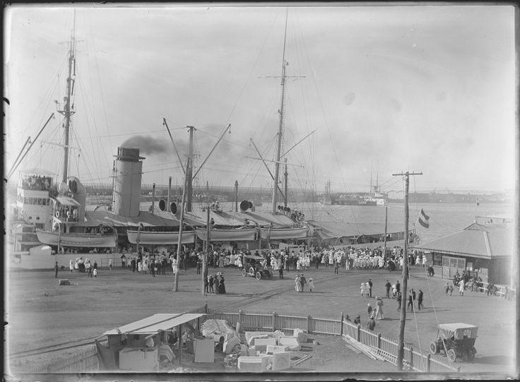 154044PD: Dutch warship at Fremantle, November 1910 https://encore.slwa.wa.gov.au/iii/encore/record/C__Rb4576496