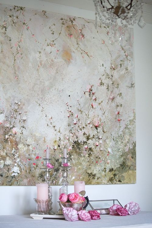 Pour la petite histoire, quand Laurence Amélie est arrivée dans la grange, elle a tout de suite su quel tableau elle allait peindre. Un mois...