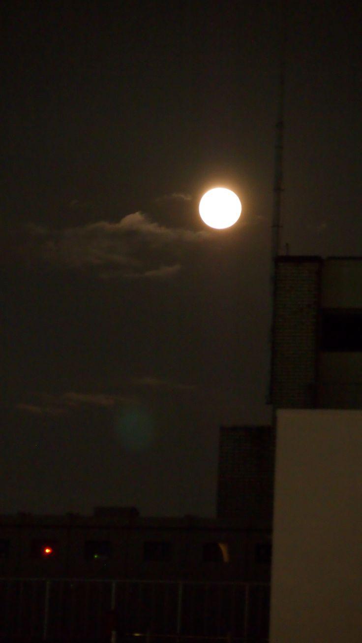 Super moon  Sep. 9. 2014