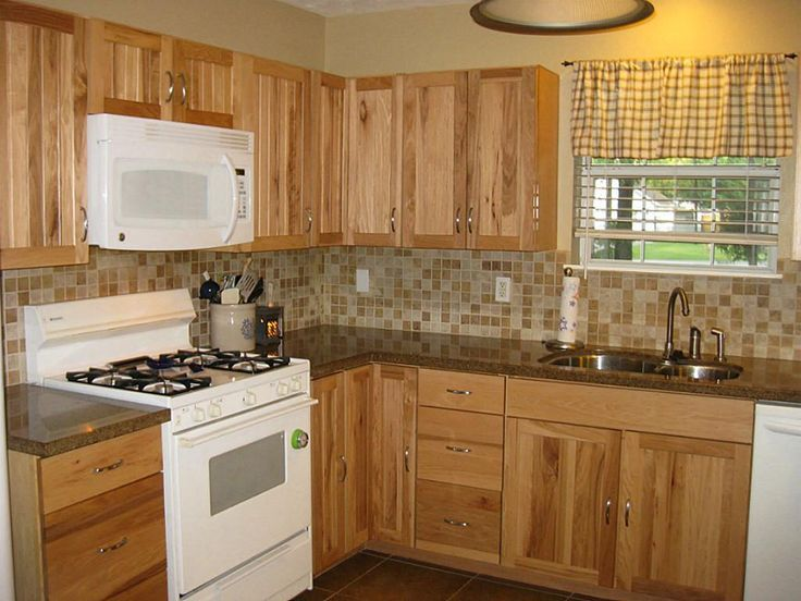 choose right backsplash for hickory cabinets with dark coutertops | Hickory Kitchen Cabinets With Granite Countertops Like the coloration ...